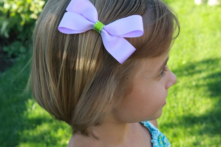Making easy hair bows