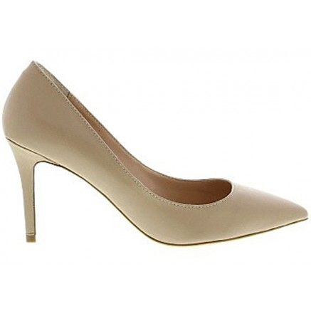 A neutral leather classic pointed toe court shoe.   Leather upper and synthetic lining.  Heel height is 8cm.