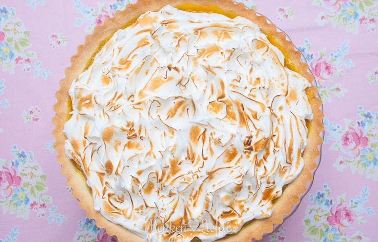 Dit is één van mijn meest favoriete desserts: citroen meringue taart. De combinatie van knapperige bodem, friszoete lemon curd en meringue is verrukkelijk!