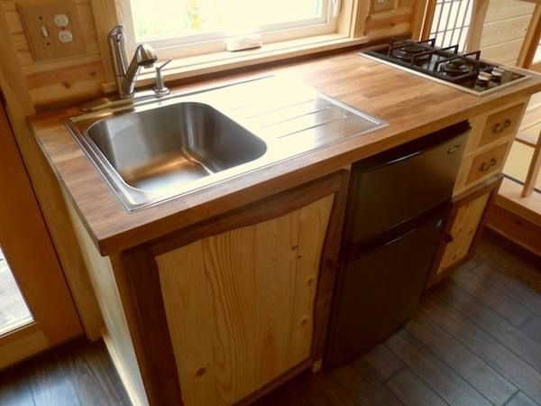103 best Tiny house 3 images on Pinterest Live Tiny bathrooms