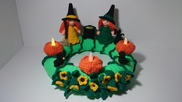 PDF Häkelanleitung Halloween Hexen Kranz made by Milafensterbilder via DaWanda.com