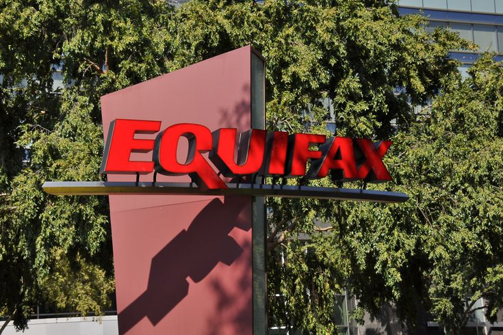 Elizabeth Warren: Equifax hid hackers' theft of passport numbers, Equifax said no