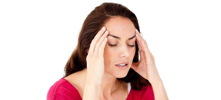 Dolor de cabeza, mareos y rigidez en el cuello