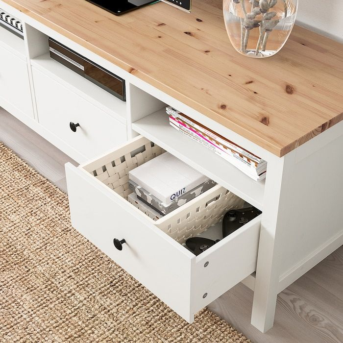 Hemnes Tv Unit White Stain Light Brown 58 1 4x18 1 2x22 1 2 Ikea Ikea Hemnes Hemnes Mobilier De Salon