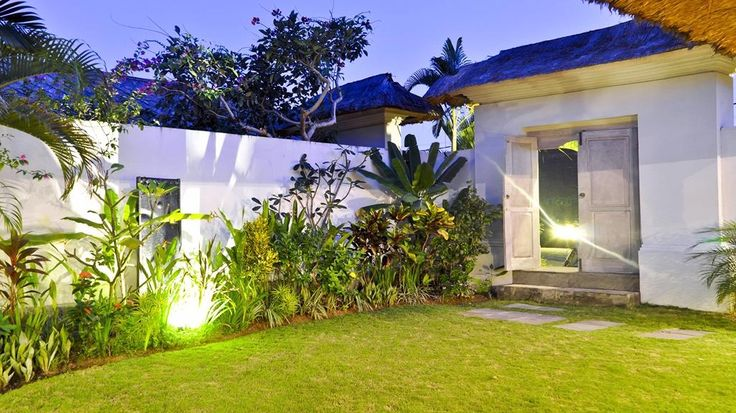 Villa Manis 3 Bedroom Luxury Villa in Seminyak for Holiday rental
