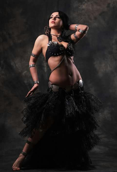 Diana Bastet - Metal Bellydancer