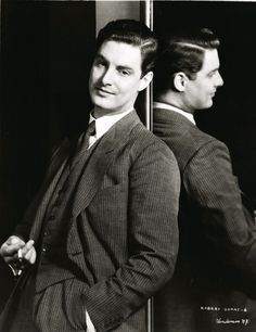 1939 - Robert Donat in Goodbye, Mr Chips as Charles Edward Chipping (1905 - 1958)