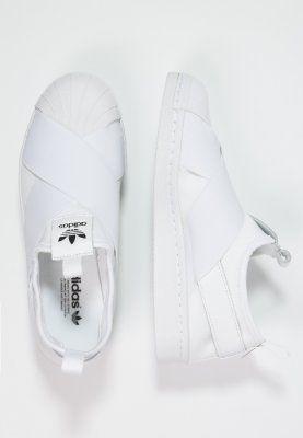 Tilaa ilman lähetyskuluja adidas Originals SUPERSTAR - Loaferit/pistokkaat - white/core black : 89,95 € (24.1.2016) Zalando.fi-verkkokaupasta.