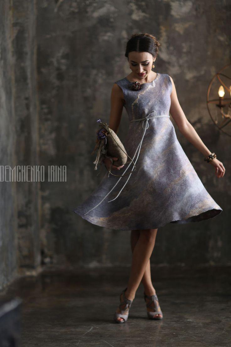 Купить Валяная сумочка «Фиалковые фиалки» - войлок, авторская работа, ирина демченко, женственность