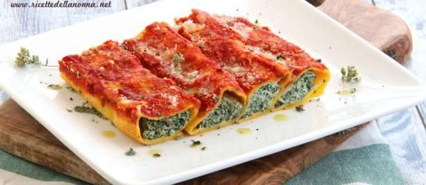 Cannelloni ricotta e spinaci | Ricette della Nonna