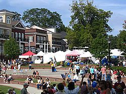 Duluth, GEORGIA  The DULUTH FALL FESTIVAL is always the last weekend in September. The weekend includes a parade, 5k Road Race, plenty of food, entertainment and arts and crafts.