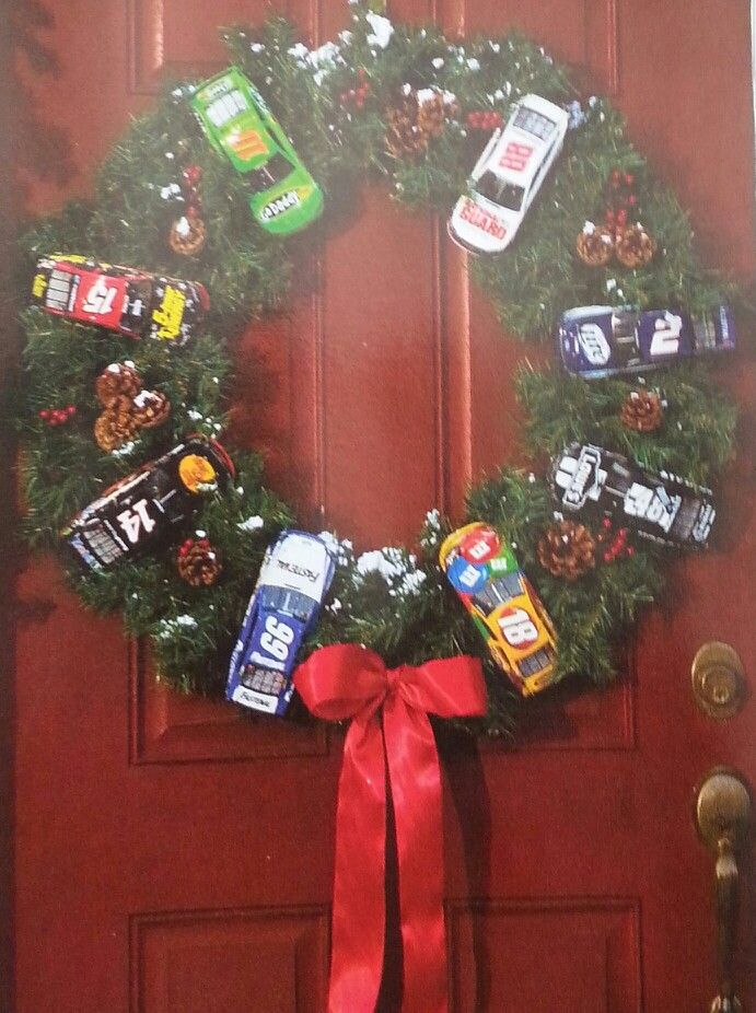 Nascar wreath. I would definitely switch up the cars. We need a Denny Hamlin on there.