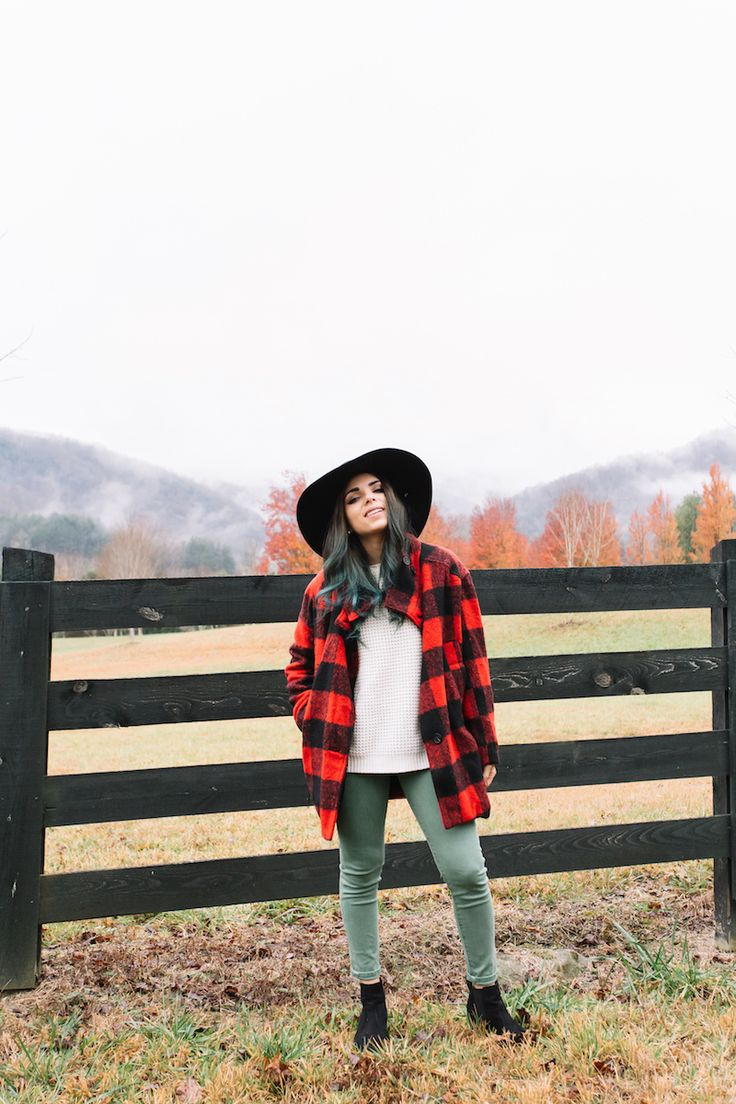georgia, travel, army green pants, plaid coat, wide brim hat, rabbit gap, north carolina, coach, black infinity scarf, nany's klozet, ray ban, clubmaster sunglasses, fall, fall fashion, fashion, miami fashion blogger