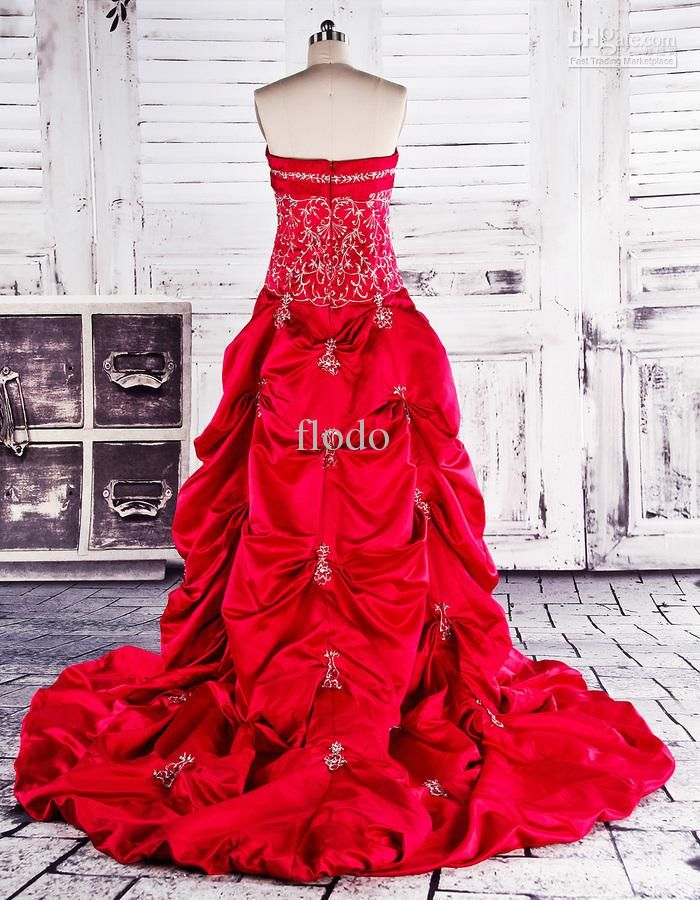 Wholesale wedding collection, wedding designers and wedding dress hire on DHgate.com are fashion and cheap. The well-made elegant strapless embroidery red taffeta backless wedding dresses 2017 with pick up skirts real images beaded taffeta plus size bridal gowns sold by flodo is waiting for your attention.