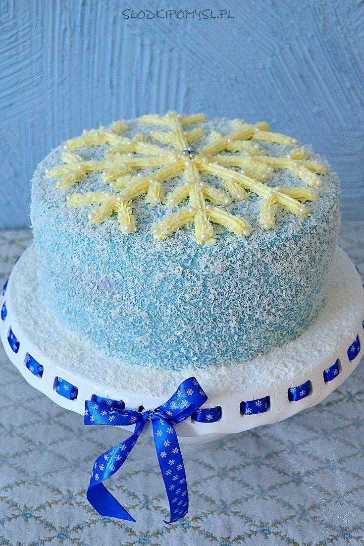Tort Płatek Śniegu z kremem czekoladowym i musem malinowym. Snowflake cake.