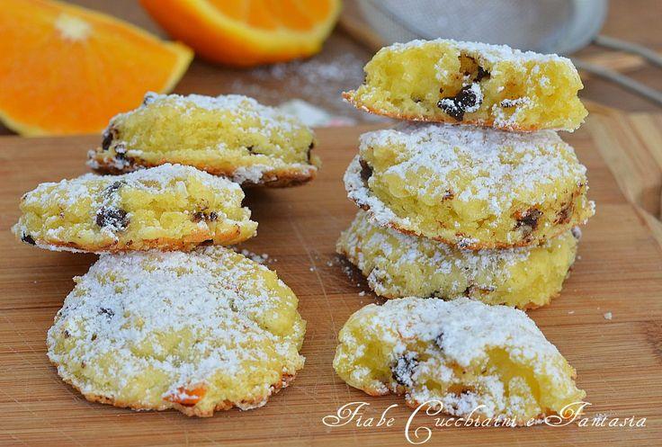 Biscotti morbidi arancia e cioccolato, morbidi, semplici e golosi, ideali per colazione e merenda,facilissimi da preparare