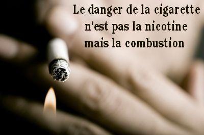 Les fumeurs sont stigmatisés pour la nicotine de leurs cigarettes quand en réalité, c'est la combustion qui tue en dégageant des substances cancérigènes. La nicotine, elle, n'est pas cancérigène... Se sevrer du tabac n'est pas se sevrer de la nicotine mais devoir évacuer plus de 7000 substances contenues dans chaque cigarette. La nicotine liquide, patchée, mâchée ou vaporisée vient alors aider le fumeur en sevrage. Elle devient une béquille quand on commence par la diaboliser... A vous de…