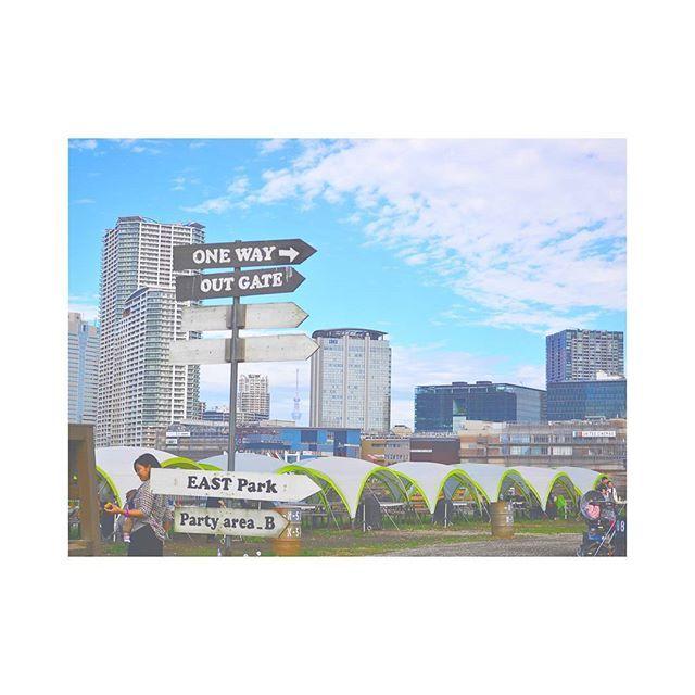 . 都会のど真ん中で バーベキュー🍖  グランピングとかも してみたいなぁ🍽️ . . . #trip #worldtrip #traveler #worldtraveler #adventures #yolo #travelphotography #海外旅行 #カメラ女子 #写真好きな人と繋がりたい #旅好きな人と繋がりたい#おしゃれさんと繋がりたい #東京カメラ部 #旅好き #ファインダー越しの私の世界 #旅行 #海外旅行 #夢の海外生活 #旅フォト #格安旅行 #タビジョ#旅するように生きる#世界一周#マイトリ#女子旅 #スローライフ#バーベキュー#肉