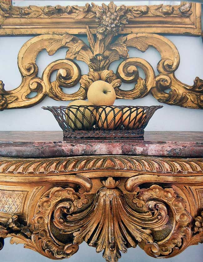 Aged and Guilded Typepad (Palazzo Interiors & Gardens).  French & Italian Life, Style & Decor