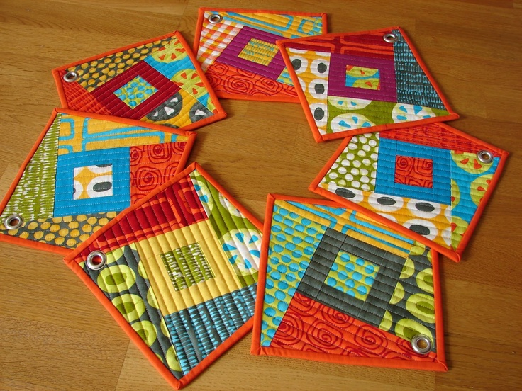 Love these potholders!Tallgrass Prairie, Quilt Design, Pots Holders, Mugs Rugs, Quilt Potholders, Prairie Studios, Bright Colours, Bright Colors, Hot Pads