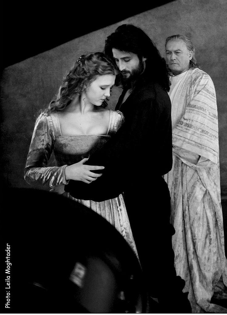 Isolda Dychauk as Lucrezia Borgia Mark Ryder as Cesare Borgia John Doman as Rodrigo Borgia