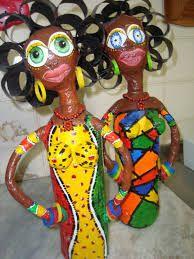 bonecas de barro