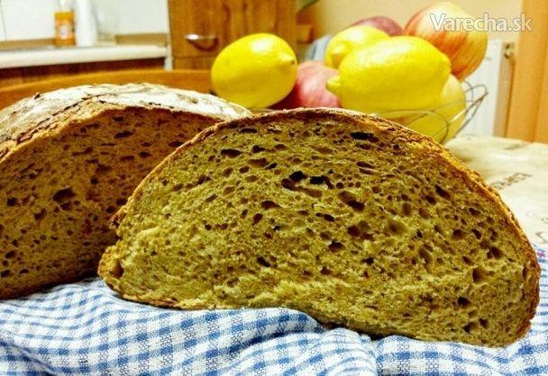 Kváskový chlieb s cibuľou a tekvicou (fotorecept) - Recept