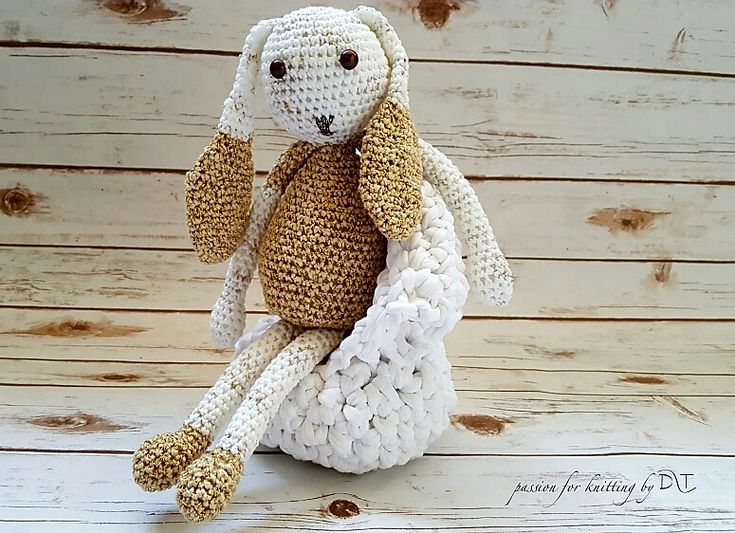 Crochet handmade glitter yellow Bunny Size: 35 cm  Made with love for a happy childhood @DLThandmade http://dltimage.ro/product-category/dlt-handmade/jucarii/