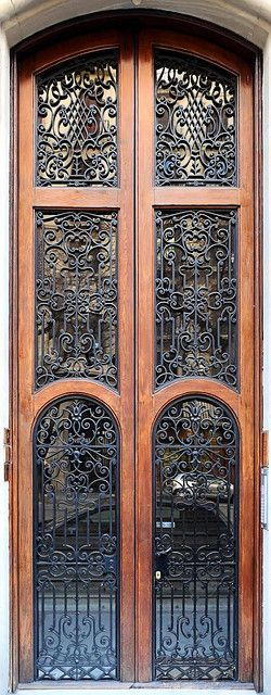 Barcelona - Rbla. Catalunya 096 d by Arnim Schulz, via Flickr
