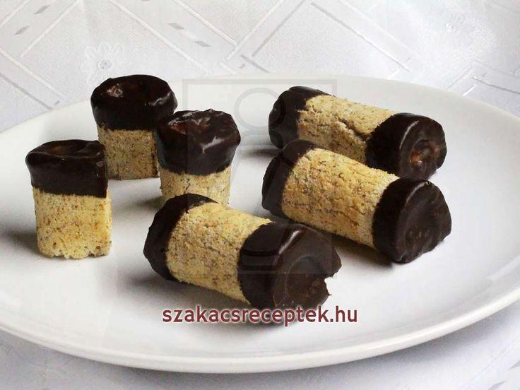 Lágy kávés krém rudacskák- fehér tésztában és csokoládéban. Annyira finomak hogy egyszerűen nem lehet nekik ellenállni.