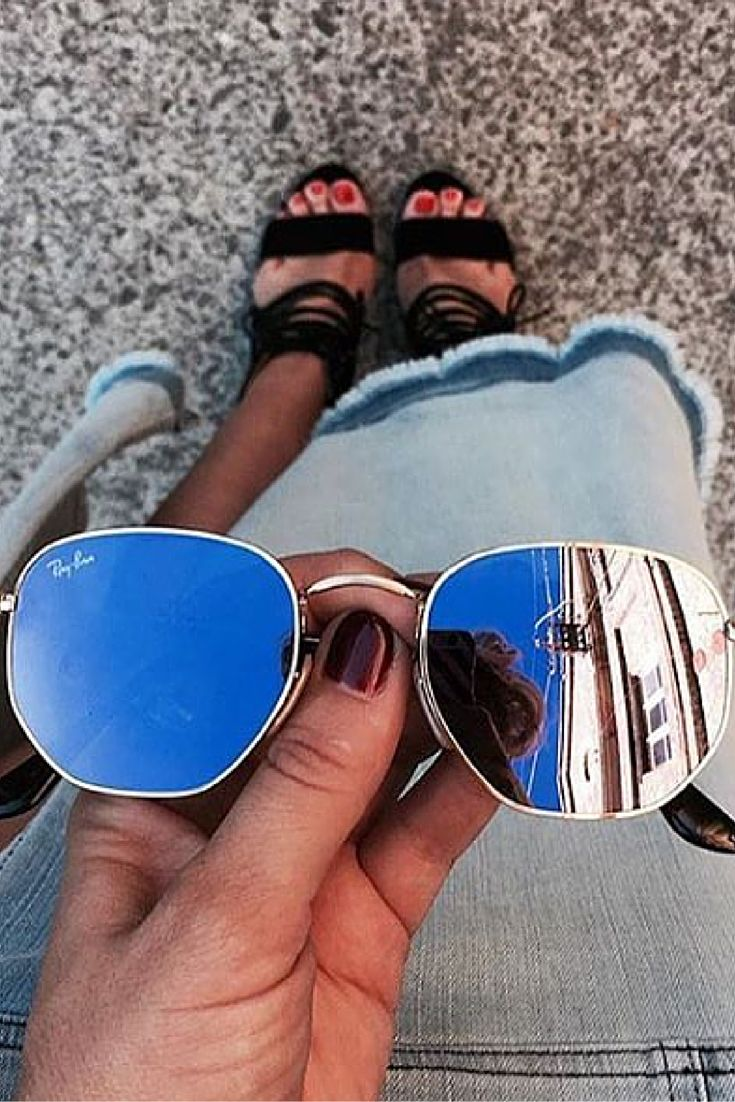 Cute outfit!! find more women fashion ideas.... #rayban #sunglasses #style