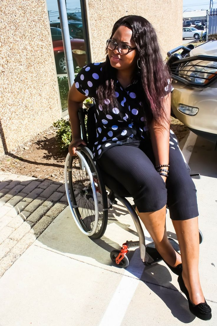 Fashionable Dress Designs For Wheelchair Users