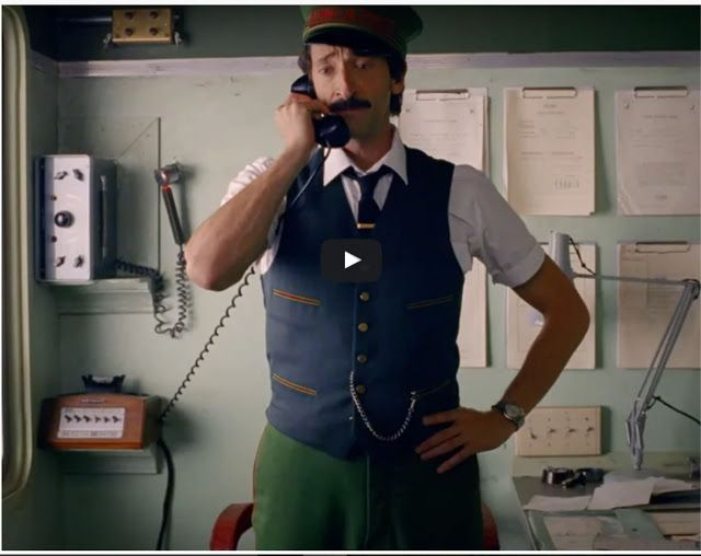 Wes Anderson revive Viagem a Darjeeling em comercial de Natal para H&M.