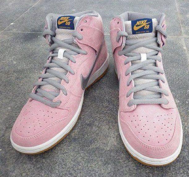 464003cf0db4 CNCPTS x Nike SB Dunk Hi When Pigs Fly (2)