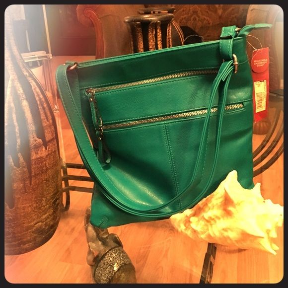 ✨Jade Side Bag✨ Super cute side bag, brand new Merona from Target.  No button for Jade which is actually color of bag. Beautiful color!! Merona Bags Crossbody Bags