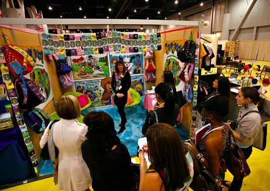 Exhibition Stand Interactive : Best images about bridal show booth ideas on pinterest