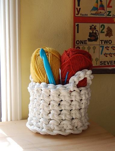 DIY: Crochet Basket.