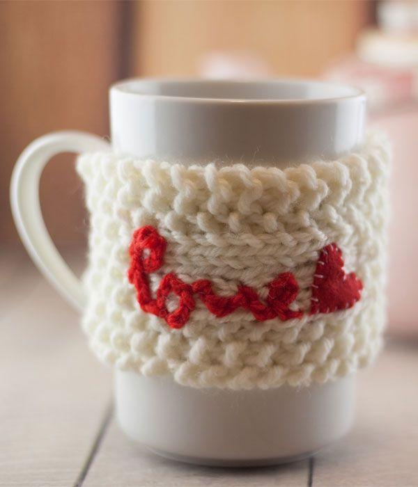 Il tutorial step by step per realizzare il copri-mug: un'idea regalo per San Valentino
