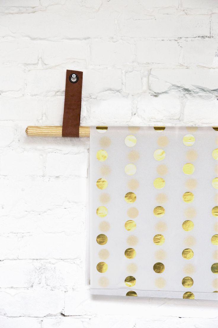 Tissuepaper metallic dots gold