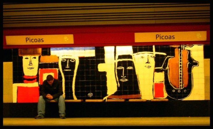 Tiles of Picoas Metro Station