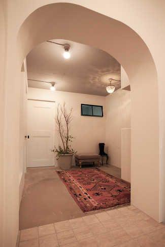 Nさんは新築で購入したマンションを売って、築30年の団地を購入しました。 売り払ったマンションを手に入れたのはリーマンショック後だったので、5千万円くらいの物件が4千万円くらいで買えたそうです。ただ