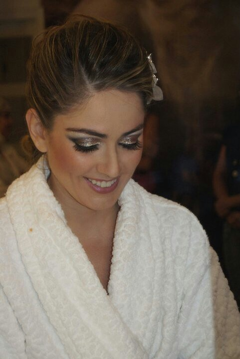 """""""Snob"""" lipstick by M.A.C lip, shimmering eyes  shadows by M.A.C ...... Brides May by Diniz."""