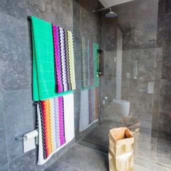 Brad & Dale's Main Bathroom - The Block Australia 2014
