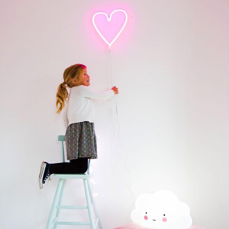 Neon light Heart - Livingdesign https://www.livingdesign.be/nl/merken/a-little-lovely-company
