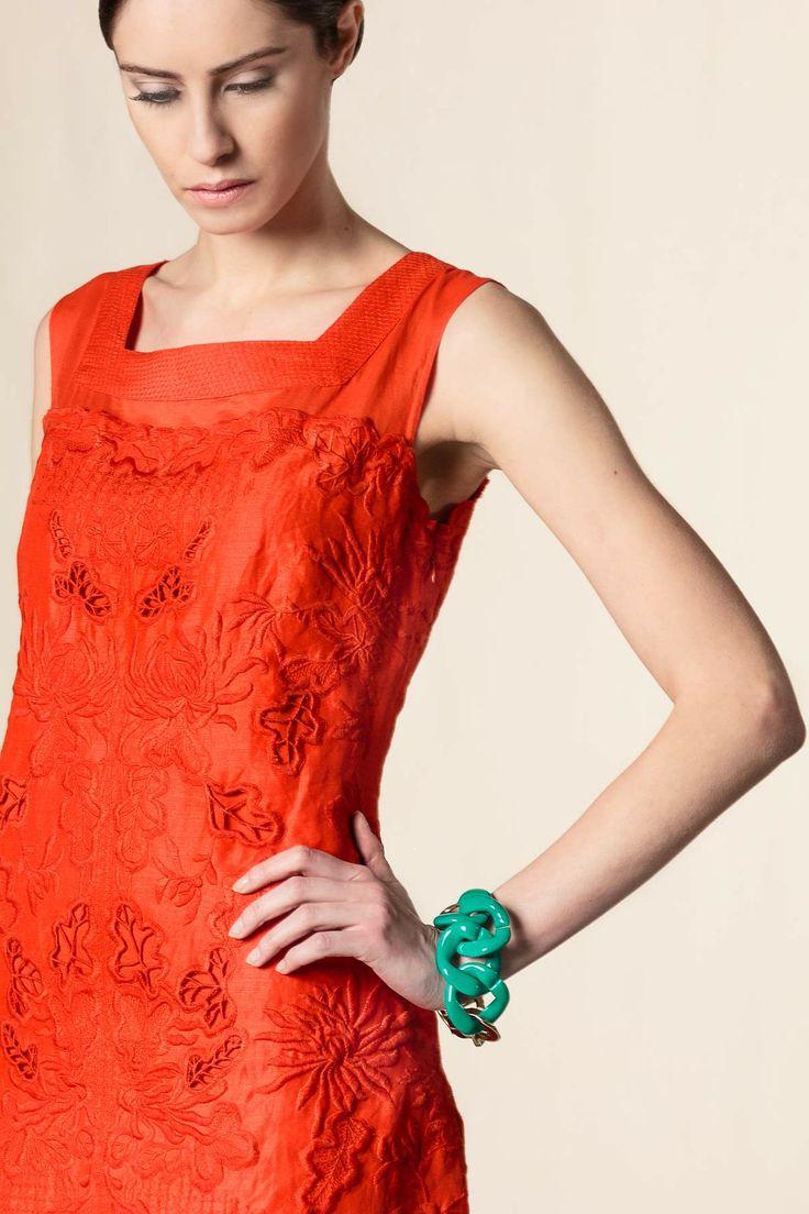 Vestito pizzo sangallo arancione. #scervinostreet #perfectdress #shoponline #dressingfab