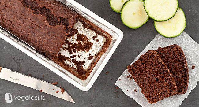 Questo plumcake cioccolato e zucchine è morbidissimo e delicato, da non perdere! Adatto alla colazione e per la merenda stupirà anche i bambini!