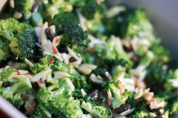 Power Snack: Paleo Broccoli Salad - Paleo Recipes Ingredients •⅔ cup Paleo mayonnaise •2 tablespoons honey •1 tablespoon Balsamic vinegar •4 cups broccoli florets •1/2 cup dried raisins •½ cup slivered almonds •¼ cup diced red onion
