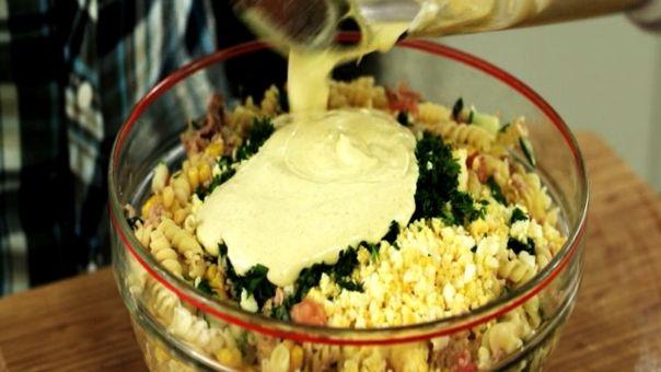 Eén - Dagelijkse kost - koude pastasalade met maïs en tonijn