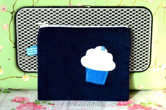 Dark Blue Zipper Pouch, Cupcake Zipper Pouch, Cupcake Applique Pouch, Cupcake Purse, Zipper Wallet, Coin Purse, Card Case, Small Makeup Bag
