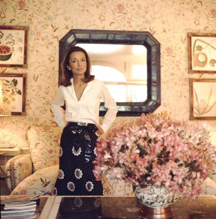 Lee Radziwill in her Buckinghamshire estate, c. 1971